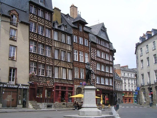 THE HISTORICAL CENTER OF RENNES